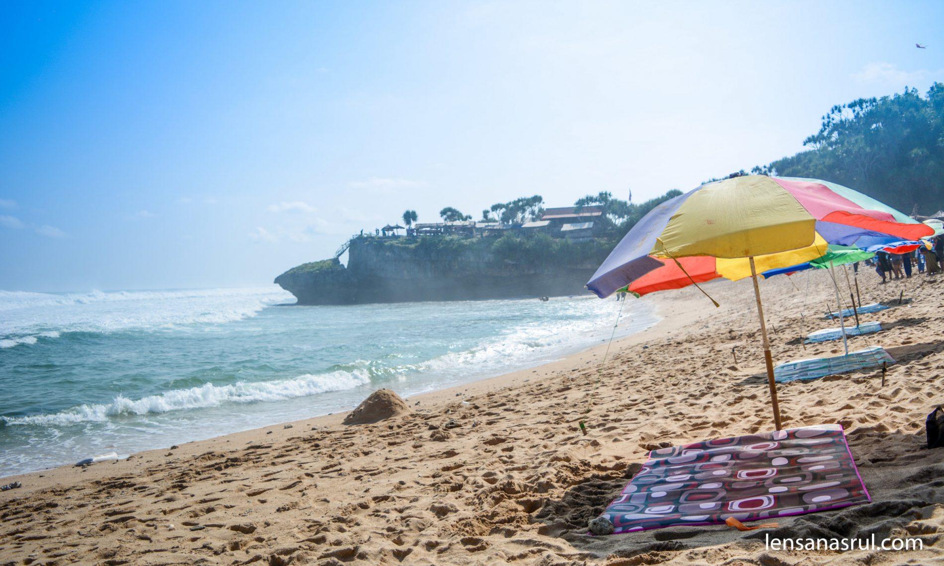 Liburan Ke Pantai Drini & Puncak Kosakora Bersama Risma AL-Amin