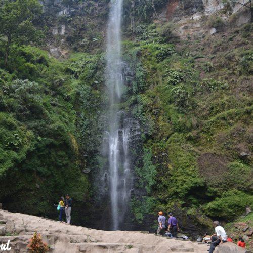Kesegaran dan Kemegahan Air Terjun Coban Rondo Malang