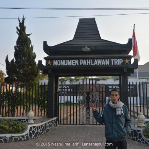 Menelusuri Malang, Monumen Pahlawan Trip dan Gereja Ijen
