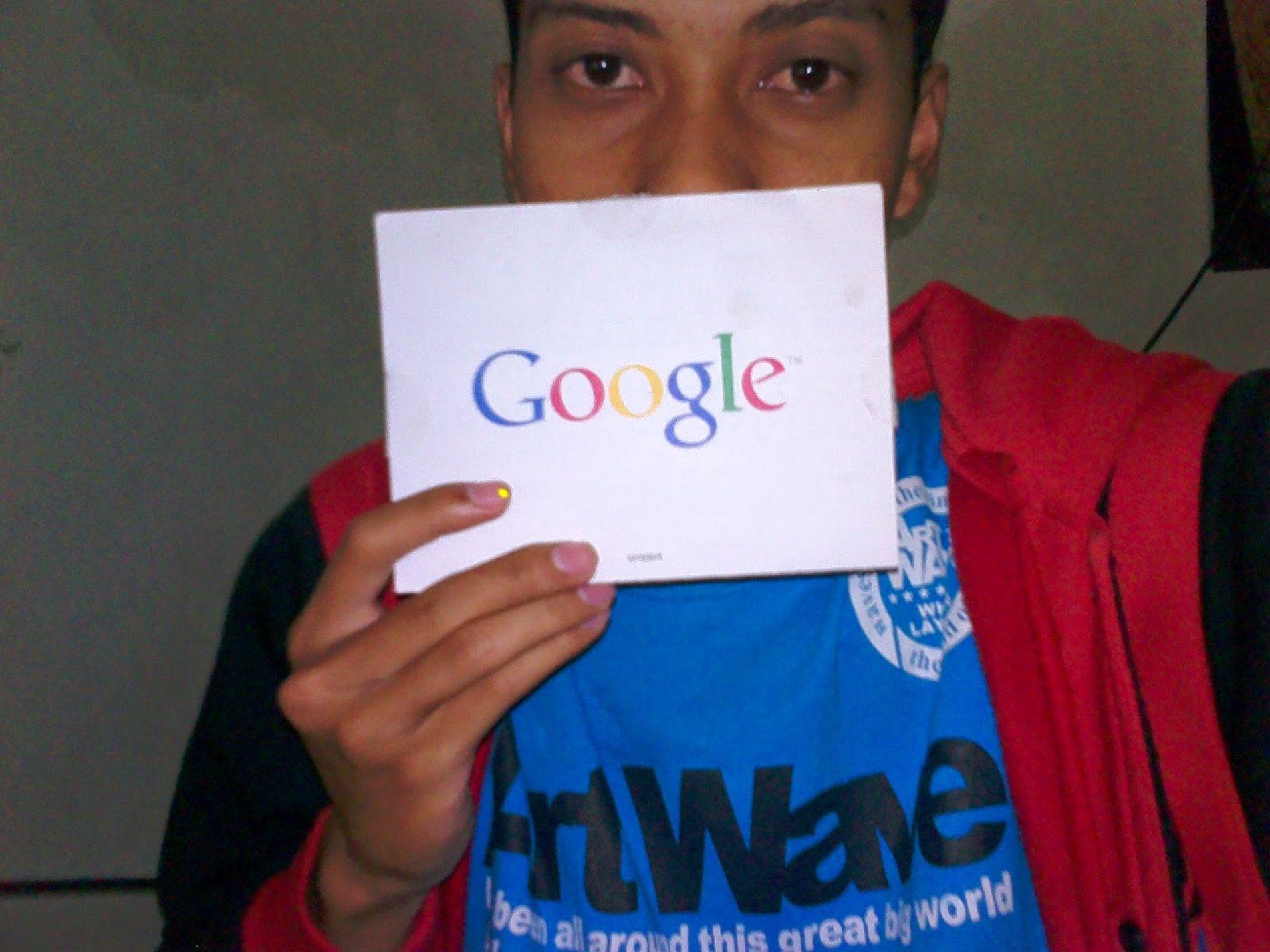 Sampai Tengah Malam, Menunggu Email Google