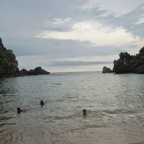 Pantai Ngobaran dan Ngrenehan Awal Perjalananku