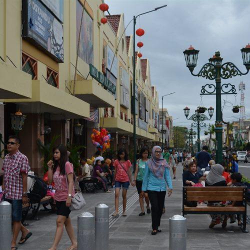 Jalur Pedestrian Bikin Betah Di Malioboro