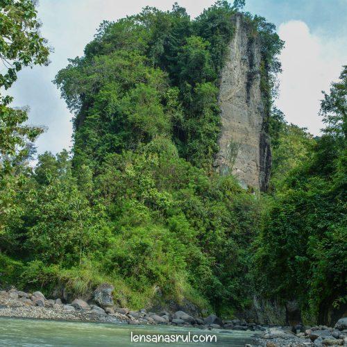 Penasaran Dengan Wisata Tebing Kayangan Kulon Progo