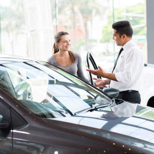 Trik Ampuh Lakukan Pembelian Mobil Bekas Dengan Sistem Kredit
