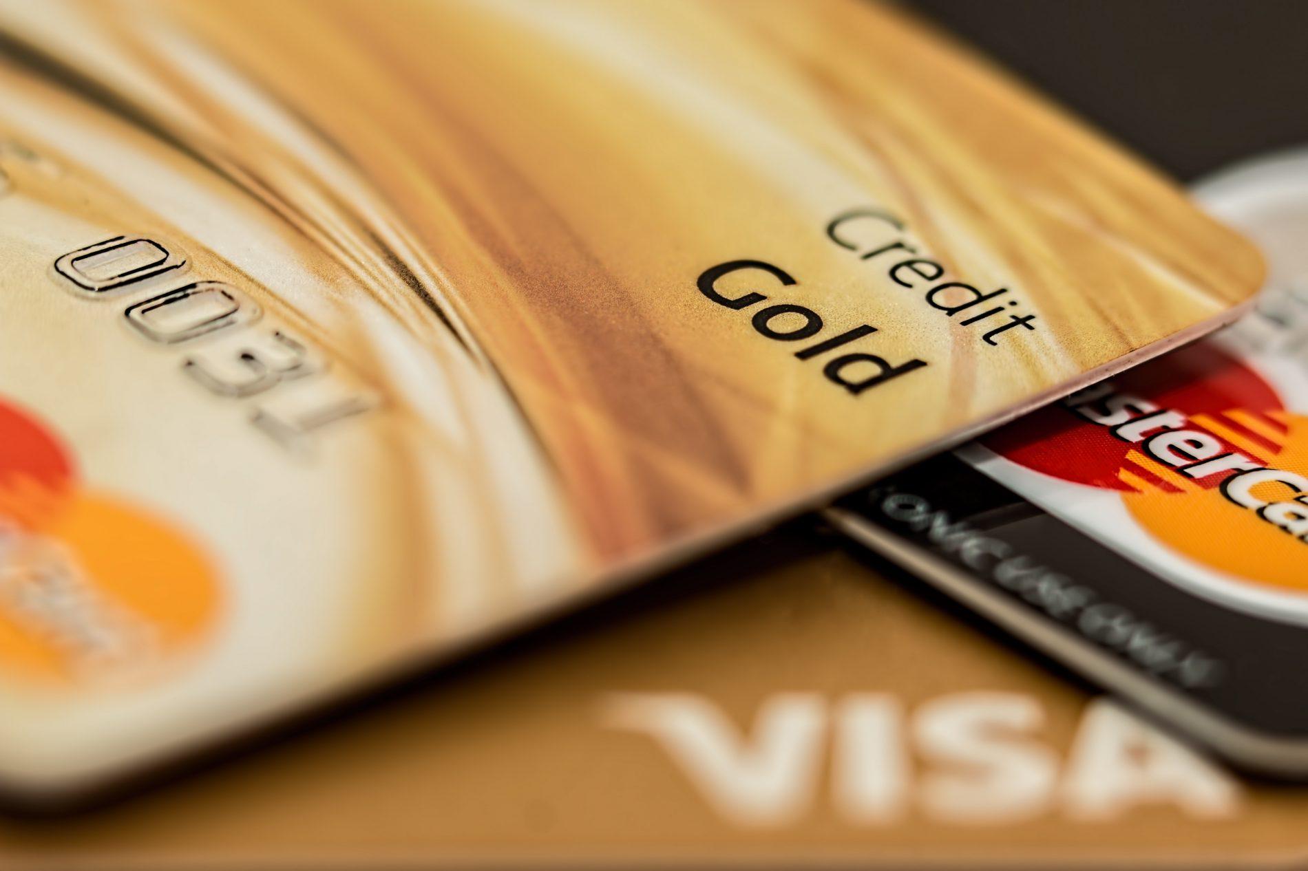 Agar Hidup Tenang, Jangan Pakai Kartu Kredit untuk Hal Ini